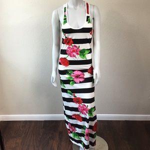 NWOT Chelsey Maxi Floral Print Dress